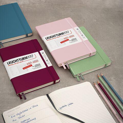 Weekly Planner & Notebook 18 months, German